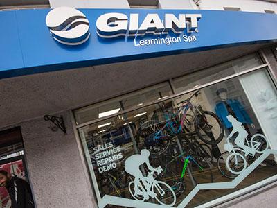 Giant Leamington Spa